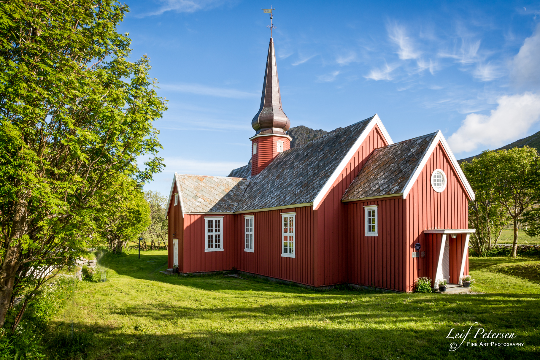 Flakstad Church_s.jpg