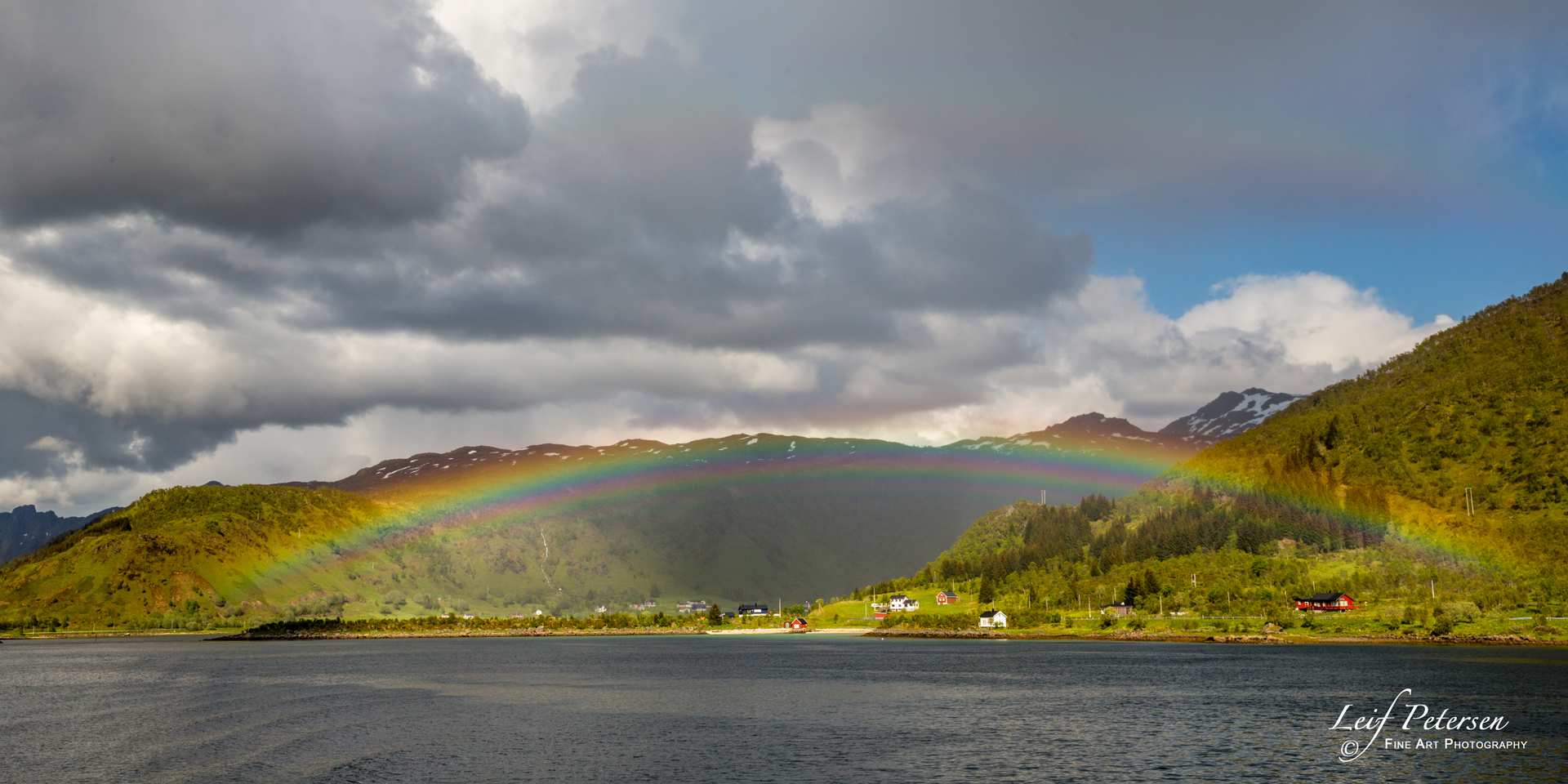 Rainbow in the Fjords_s.jpg